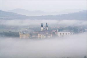 Bazylika we mgle