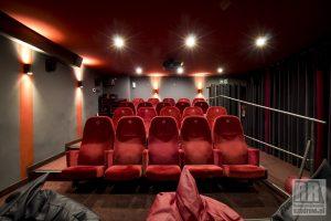 Kino za Rogiem w Kamiennej Górze
