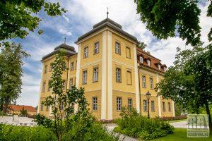 Okolica – Pałac w Łomnicy