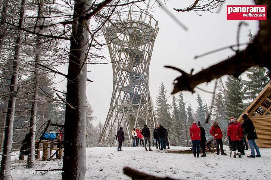 Inauguracyjna poraka w okrgwce. - LKS Straak Mikow
