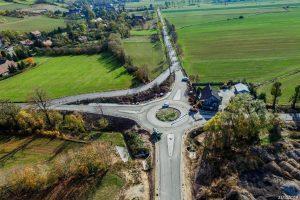 Otwarcie ronda w Wierzchosławicach. Udrożniony ruch Bolków – Kamienna Góra