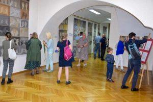 Otwarcie wystawy Marii Teresy Chojnackiej w Muzeum Tkactwa