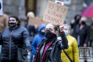 Kobiety ponowie wyszły na ulice. Kolejny protest w Kamiennej Górze