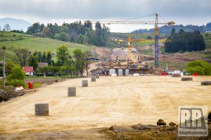 Postępy pracy przy budowie S3 pomiędzy Kamienną Górą a Lubawką