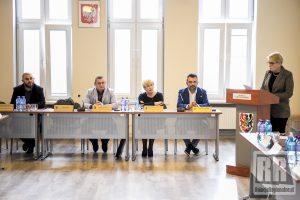 XXXVII Sesja Rady Powiatu Kamiennogórskiego – wideo